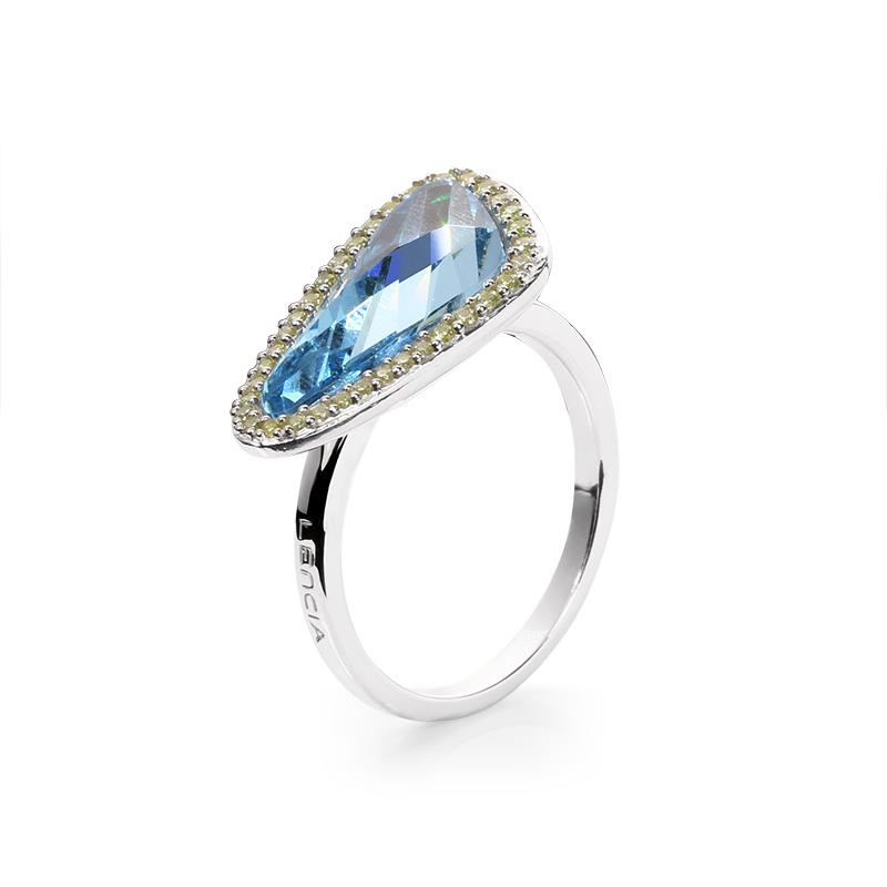 Swarovski crystal18 x 7,5 mm
