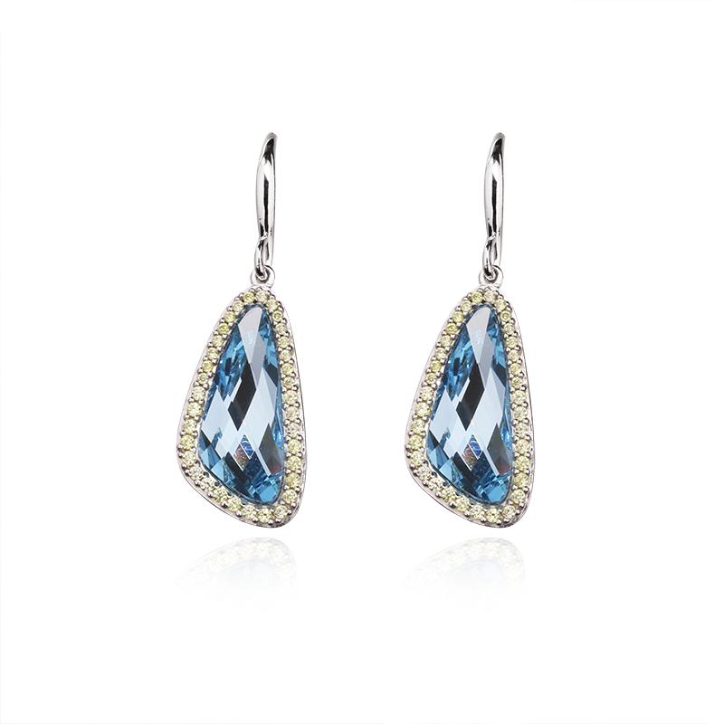 Swarovski kristal18 x 7,5 mm - 2 x