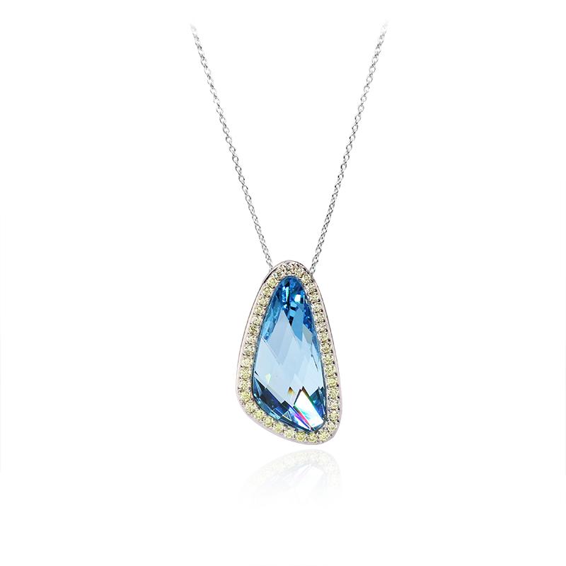 Swarovski crystal23 x 10 mm