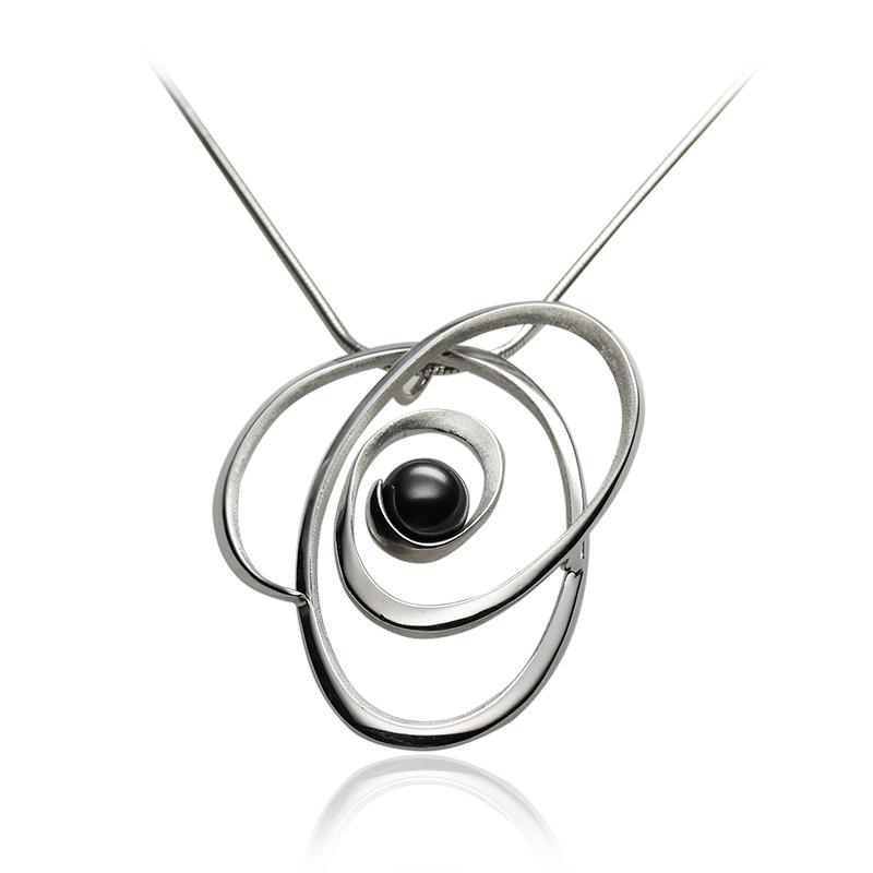 Ovratnica srebro 925/000rodiniranobiser stekleni črn 8 mm - 1x