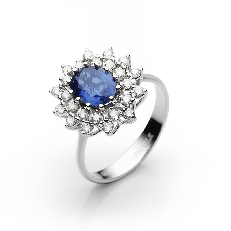diamant 0,02 ct - 24 x, plavi safir 8x6 mm - 1 x