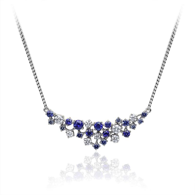 Diamond 0,10 ct - 2 x; 0,05 ct - 5 x; 0,03 ct 1 x; Blue sapphire fi 2,90 - 3,00 mm - 1 x; fi 3,50 - 1 x
