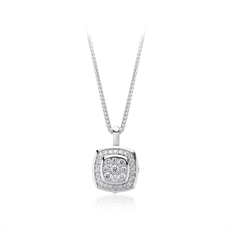 Diamond 0,05 ct - 1 x;0,03 ct - 4 x; 0,02 ct - 4 x; 0,005 ct - 27 x